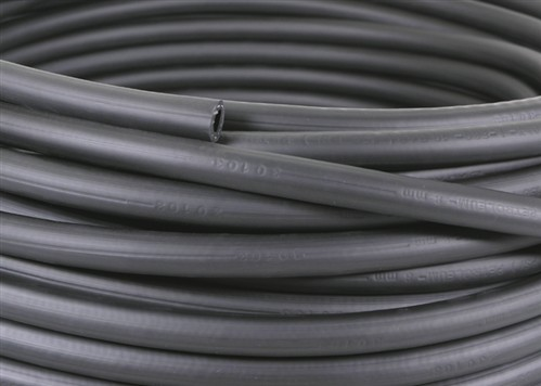 Click to enlarge - Piper 1TE is a very versatile hose useful for many applications. Recommended for mineral, vegetable and rape seed oils. Also for glycol and polyglycol based oils. Synthetic ester based oils and oils in an aqueous emulsion.